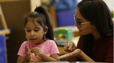 EPISD Day School for the Deaf offers adult American Sign Language classes