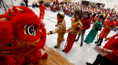 Mesita celebrates Chinese New Year with dance, music